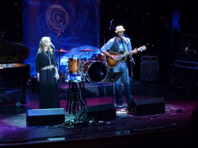 Keb Mo' teaming up with Joan Osborne for a memorable duet.
